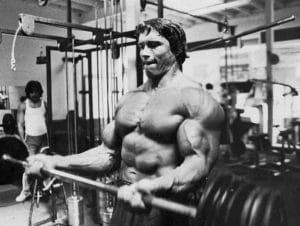 séance de musculation Arnold Schwarzenegger